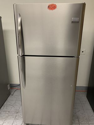 Refrigerator Frigidaire GAllery for Sale in Fontana, CA