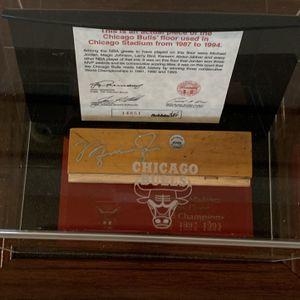 Michael Jordan Signed Chicago Bulls Hardwood for Sale in Lake Oswego, OR