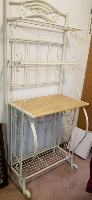 Baker's Rack with Wine Rack for Sale in Puyallup, WA