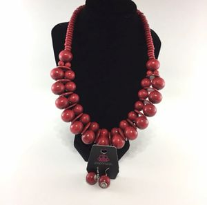 Jewelry- Paparazzi Necklace for Sale in Dublin, GA