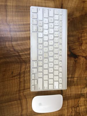 APPLE MAGIC KEY BOARD AND WIRELESS MOUSE!!! for Sale in Seattle, WA