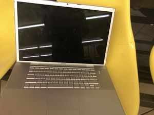 Apple computer laptop for parts 2006 17 inch for Sale in Houston, TX