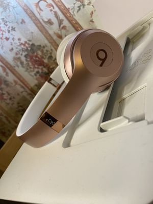 beats solo 3 wireless for Sale in West Chicago, IL