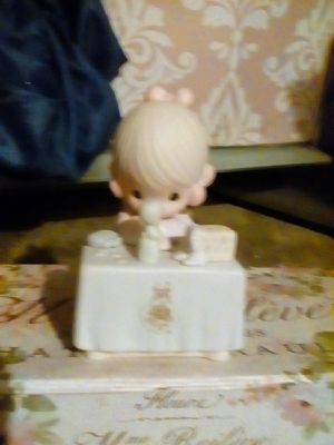 Collectable figurine 1989 precious moments for Sale in Fresno, CA