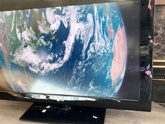 "LG Flatscreen TV 32"" for Sale in Burien,  WA"