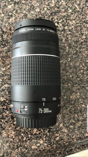 CANNON LENS 75_ 300 mm for Sale in Peoria, AZ