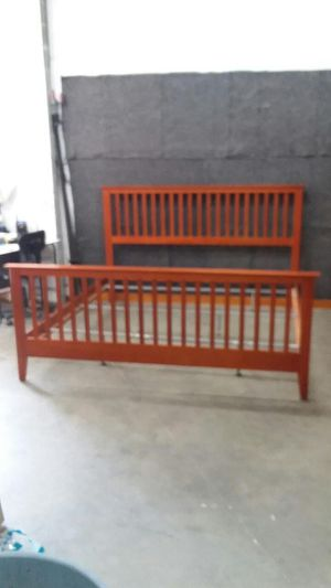 King size bed for Sale in Virginia Beach, VA