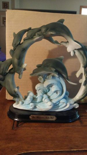 Mercuries Collection Dolphins Statue - Mint Condition for Sale in Wood Dale, IL