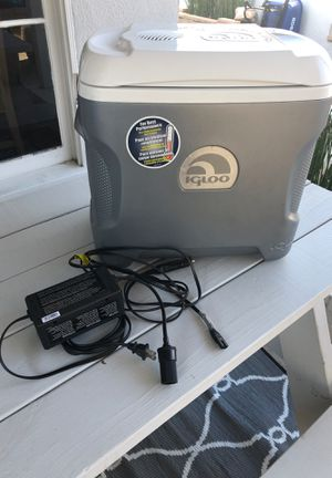 Igloo cooler power converter 12volt or 120volt for Sale in Long Beach, CA