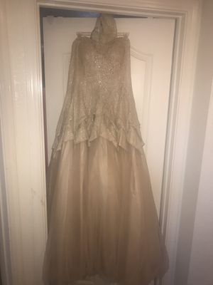 Champagne colored dress (worn once, great condition ) size 19/20 for Sale in Las Vegas, NV