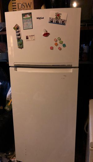 Whirlpool fridge for Sale in Raleigh, NC