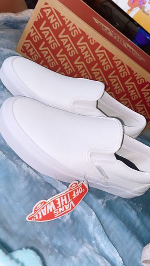 Vans Authentic Leather slip on size 6 in men & 7.5 in women for Sale in Lancaster, CA