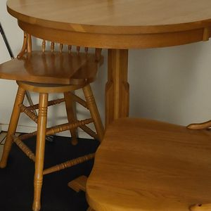TABLE >>>> solid oak for Sale in Fresno, CA