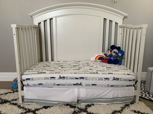 Cache Baby Crib with mattress for Sale in Rancho Cucamonga, CA