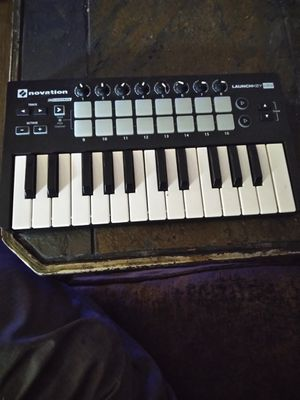 Novation Mini Keyboard/Beatpad for Sale in Dallas, TX