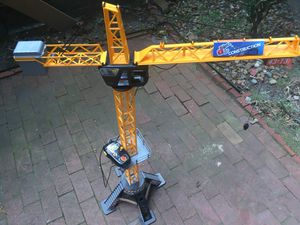 Toy crane. Good condition. for Sale in Newport News, VA