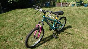Girl Mountain bike Mongoose for Sale in Dearborn, MI