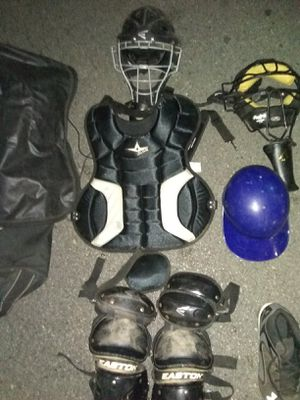 Rolling Louisville Slugger Catchers Bag and Adult Catcher'sGear for Sale in Houston, TX