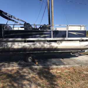 1997 OMC Pontoon boat for Sale in Lake Wales, FL