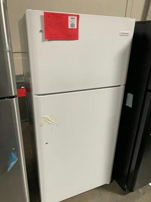 Brand New Frigidaire Top Mount Refrigerator 1 Year Manufacture Warranty Included for Sale in Gilbert, AZ