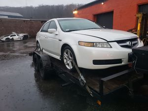 Parts Acura tl for parts not selling complete for Sale in North Providence, RI