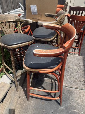Free bar stools for Sale in Arlington, TX