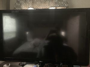 LG 60 inch tv with stand not working for Sale in Miami, FL