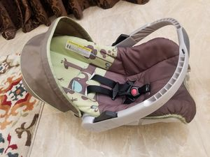 Baby Car seat with Base for Sale in Goodyear, AZ