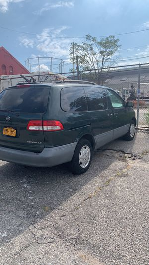 2002 Toyota Sienna for Sale in Brooklyn, NY