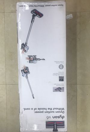 Dyson v6 vacuum for Sale in Pembroke Pines, FL