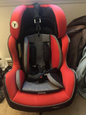 Car seat, crib & mattress, baby walker, and bath tub for Sale in Jacksonville, NC