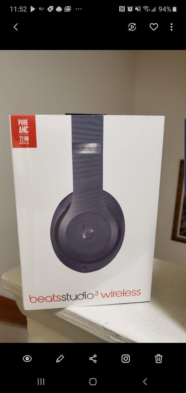 Blue Beats Studio 3 Wireless Headphones