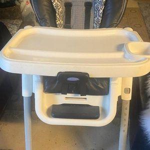 Graco High Chair for Sale in Huntington Beach, CA