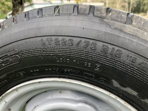 3/4 ton ford tires and rims. 265/75/16 plus other sizes and truck parts for Sale in Olympia, WA