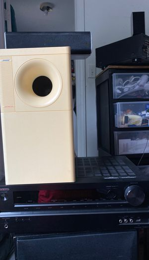 ONKYO AV RECEIVER BOSE ACOUSTIMASS AND CENTER RCA SPEAKER AND FRON SPEAKER RCA for Sale in Annapolis, MD