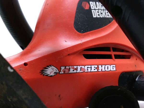 "$39.99 - Black& Decker HedgeHog 24"" 3.0 Amp Hedge Trimmer"