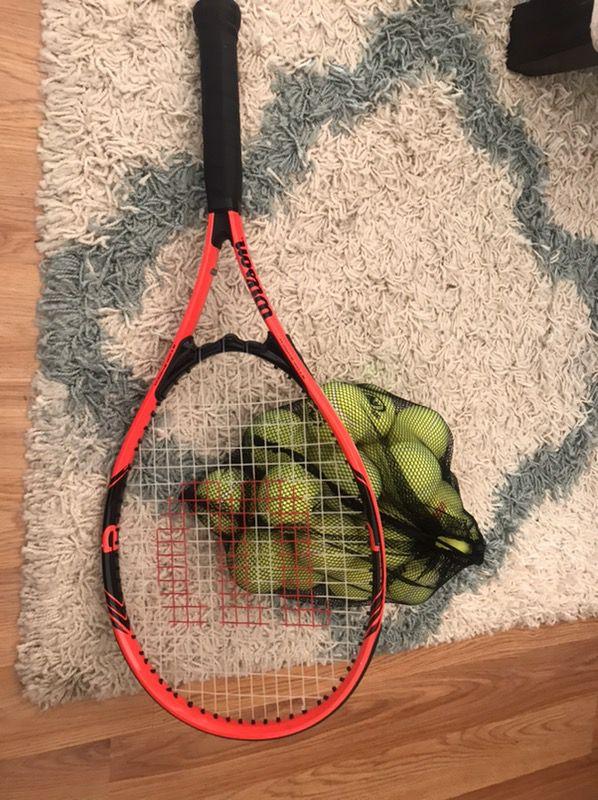 Wilson Tennis Racket and 20 balls