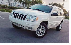 Runs Good 2004 Jeep Grand Cherokee AWDWheels for Sale in Oakland, CA