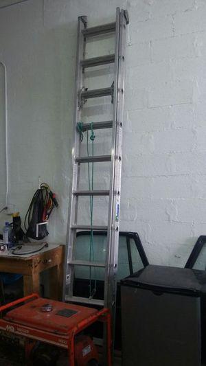 20 ft aluminum ladder for Sale in Miami, FL