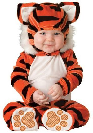 Tiger Custome, Olaf Custome for baby for Sale in Clearwater, FL