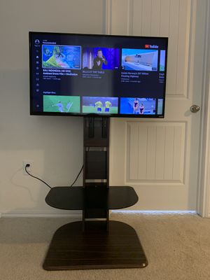 Vizio 40 inch LED HDTV with TV Stand for Sale in Pflugerville, TX