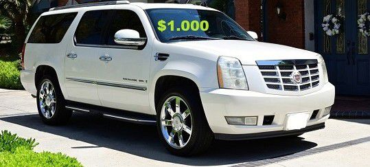 (0_0)💚$10OO URGENT I sell my car 2OO8 Cadillac Escalade Suv Runs and drives good! CLEAN TITLE.❤️🔑🔑 for Sale in Austin,  TX