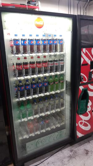 Coke vending machine fully working bottle drop bevmax for Sale in Gaithersburg, MD