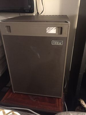 Mini fridge, TV and bar safe for sale make me an offer for Sale in Wenatchee, WA