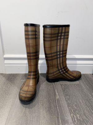 Burberry rain boots for Sale in Los Angeles, CA