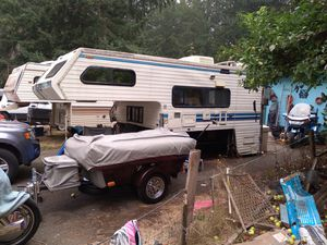 Free truck camper, and trailers for Sale in Olympia, WA