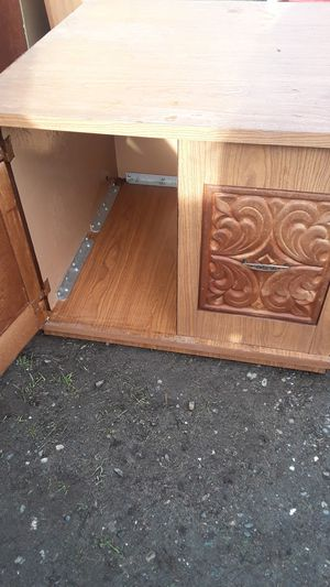 kitchen cabinets & counters for Sale in Tacoma, WA