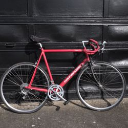 Cannondale R600 Road bike for Sale in Oak Grove,  OR