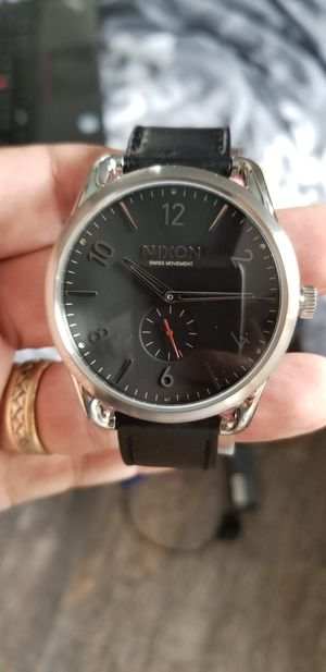 NEW IN BOX.. MENS NIXON WATCH.. RETAILS FOR $295 for Sale in Orlando, FL