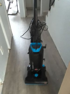 Bissell Vacuum Cleaner for Sale in Paramount, CA
